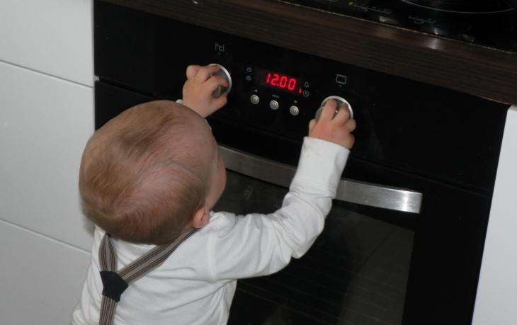 Meble Kuchenne Bezpieczne Dla Dziecka